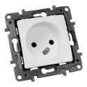 Steckdose 2P+Z franz/belg System NILOE Eco 764540 Legrand 0957