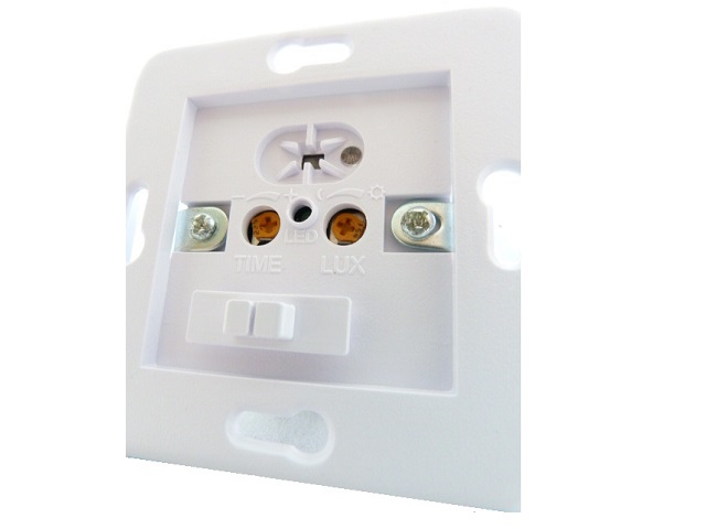 bemko bewegungsmelder wand einbau infrarot unterputz f r led geeignet ses 03wh ebay. Black Bedroom Furniture Sets. Home Design Ideas