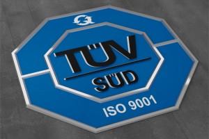 Stromverteiler und Verlängerungskabel gemäß ISO 9001:2015